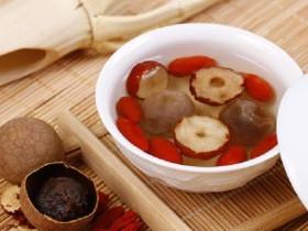 桂圆红枣枸杞茶的功效,女性养生组合花茶