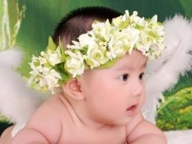 宝宝多大知道自己排便?年轻父母需要掌握的技巧