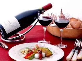 女性在社交酒桌上的技巧和礼仪,收藏、转发必备!