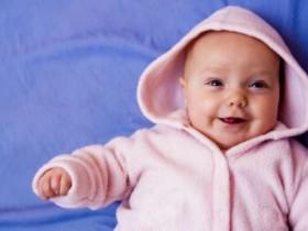宝宝打嗝不止怎么办-婴儿打嗝不止的3个原因