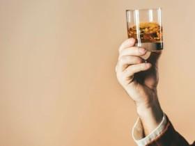 喝酒前吃什么好-喝酒前吃什么比较好
